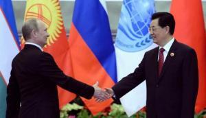 Vladimir Putin di Cina by Nisa